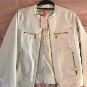 Beautiful white leather jacket!